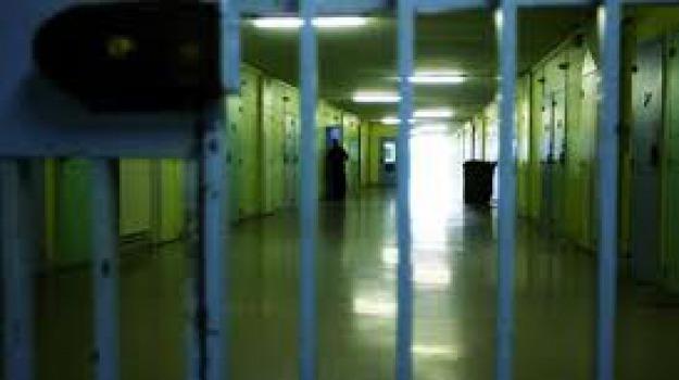 arresto, droga, polizia penitenziaria, siracusa, Sicilia, Archivio