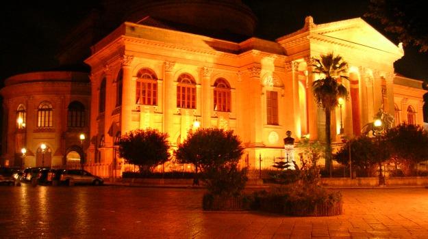 sciopero Libersind Confsal, stabilizzazione precari, Teatro Massimo Palermo, Monica Piazza, Sicilia, Economia