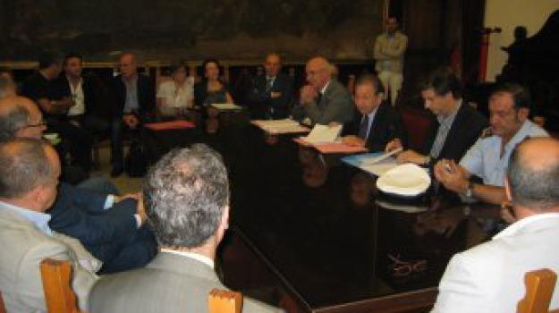 comune, comune messina, dirigenti, palazzo zanca, pianta organica, Messina, Archivio