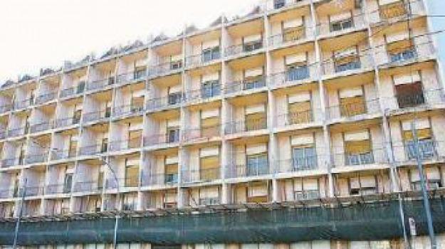 ex hotel riviera, provincia regionale, Messina, Archivio