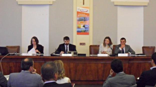confindustria messina, confindustria reggio calabria, giovani imprenditori, Reggio, Messina, Archivio