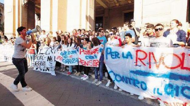 protesta studenti, Messina, Archivio