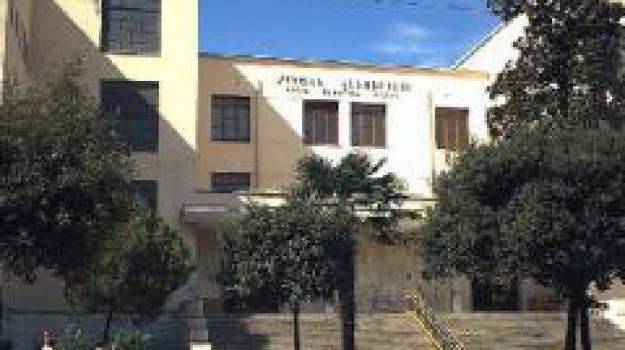 lavori, ristrutturazione, scuola, Cosenza, Archivio