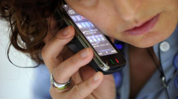 cellulare, molesta, ragazze, rubato, Sicilia, Cronaca