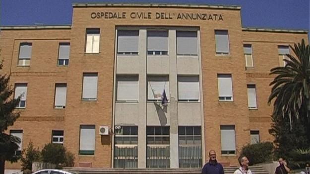 intervento chirurgico cosenza, ospedale annunziata, Cosenza, Calabria, Società