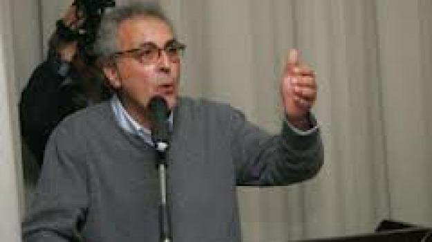 conferenza stampa, cosenza, inchiesta eolico, nicola adamo, Cosenza, Calabria, Archivio