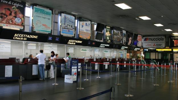 aeroporto, reggio, ricettazione, Reggio, Calabria, Archivio