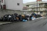 Rifiuti, la protesta spacca i sindacati a Reggio Calabria