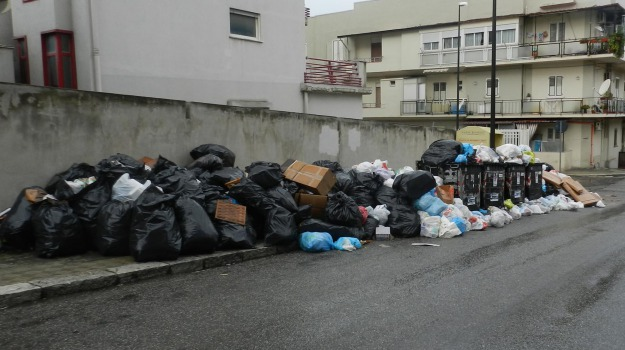 discarica sambatello, rifiuti reggio, Reggio, Calabria, Cronaca