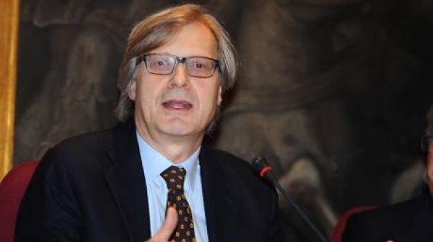 Mimmo Lucano, Vittorio Sgarbi, Reggio, Calabria, Politica
