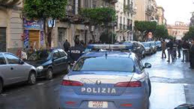 ufficiale giudiziario ferito, Catanzaro, Calabria, Archivio