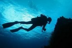 Tre sub muoiono durante immersione