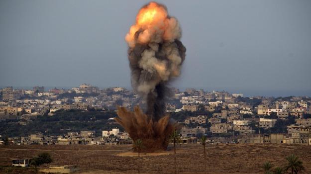 gaza, israele, razzi, truppe, Sicilia, Archivio