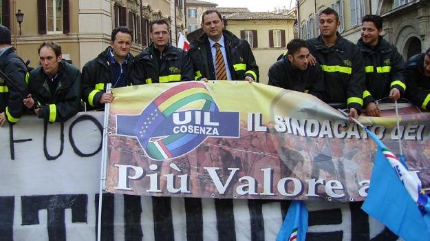 lavoro, protesta, vigili del fuoco, Calabria, Archivio