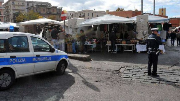 ambulanti Vibo, mercato settimanale Vibo, Filippo Nesci, Catanzaro, Calabria, Cronaca