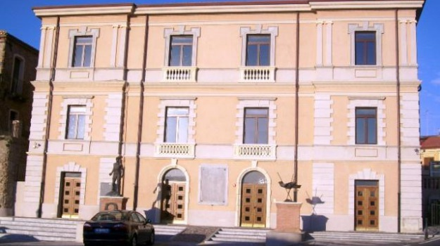 cancellata la casa del contadino, Reggio, Calabria, Archivio