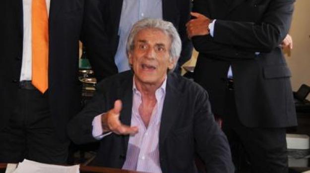 bilancio previsionale, consiglio provinciale, esecutivo, nanni ricevuto, provincia di messina, Messina, Archivio