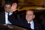 Berlusconi: Paese sul baratro mi chiedono di tornare