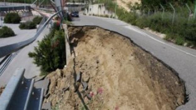 crollo muro, luigi groce, stadio san filippo, torrente san filippo, Messina, Archivio