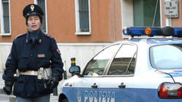 auto rubate, clonavano, documenti, vibo valentia, Catanzaro, Calabria, Archivio