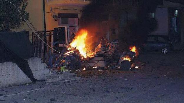 auto bomba, Catanzaro, Calabria, Archivio