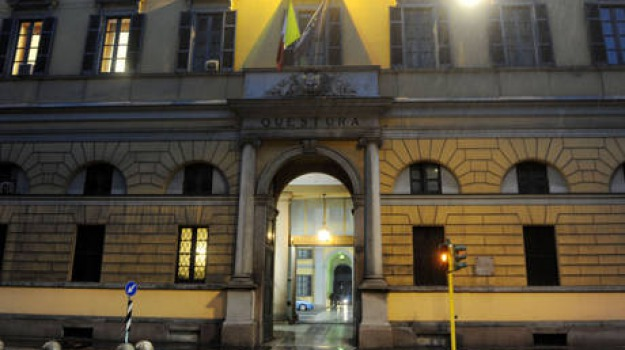 milano, Sicilia, Archivio, Cronaca