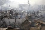 Roghi a Manila 7 morti, migliaia di senza tetto