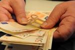 Furti, minacce, aggressioni: imprenditore di Brolo esasperato denuncia i suoi usurai: due arresti