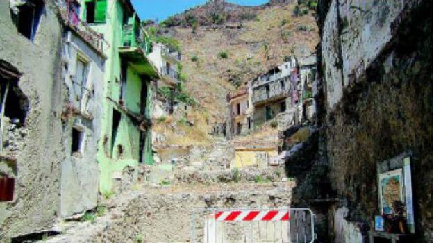 alluvione giampilieri, Messina, Archivio