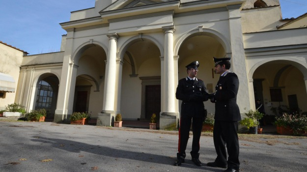 morto, parroco, Sicilia, Archivio, Cronaca