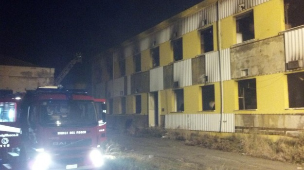 incendio ex sanderson, Messina, Archivio