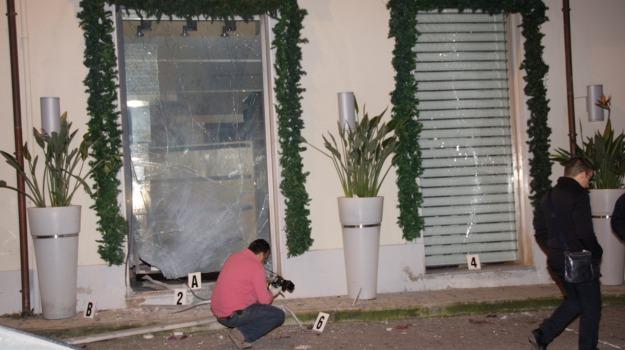 bomba lamezia, Catanzaro, Calabria, Archivio
