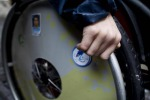 Anziano disabile carbonizzato in casa