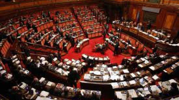 senatore, Sicilia, Archivio, Cronaca