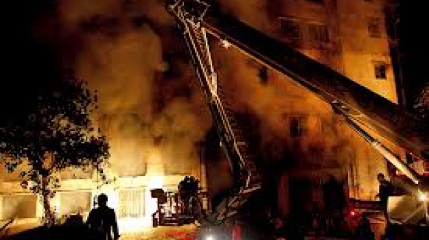 banglades, incendio, Sicilia, Archivio, Cronaca
