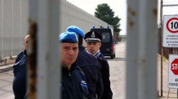 carcere minorile, rissa, Sicilia, Archivio