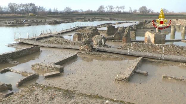 legambiente, recupero, scavi, sibari, Sicilia, Archivio