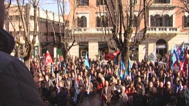 a/3, lavoratori mobilità, protesta, svincolo cosenza sud, Cosenza, Calabria, Archivio