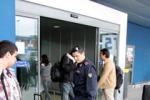 Eroina nel bagaglio arresto in aeroporto