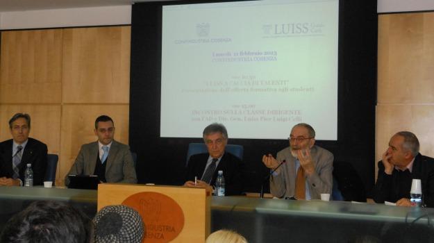 cosenza, direttore luiss, economia, Cosenza, Calabria, Archivio