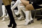 Prostitute minorenni sesso in cambio di vestiti e telefonini
