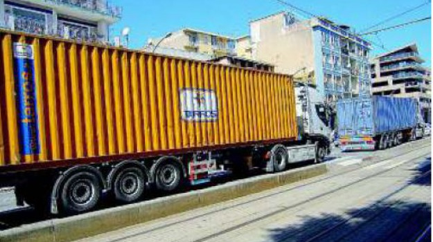 emergenza traffico, tir, Messina, Archivio