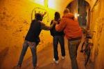 Estorsione a coetaneo 17enni arrestati
