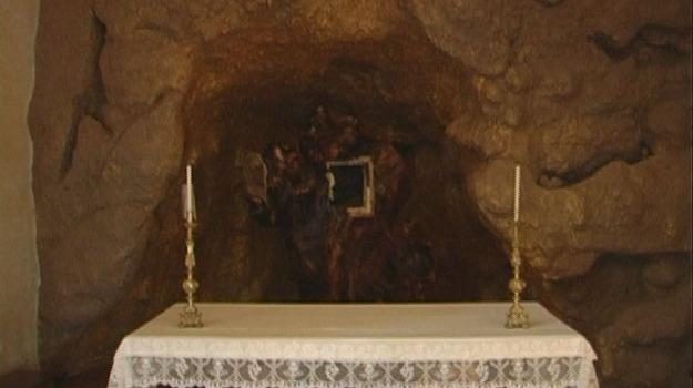 furto ostie, mons. nunnari, san martino di finita, scomunica, Calabria, Archivio