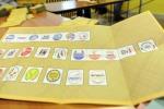 Fotografa la scheda elettorale: denunciato