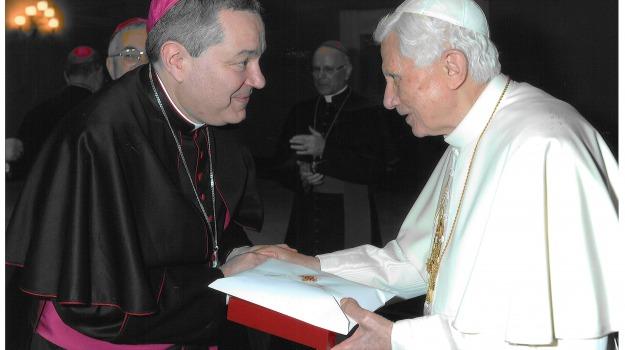 papa, pregiera, rossano, Calabria, Archivio