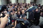 Chiesto giudizio per Cavaliere, PdL in protesta