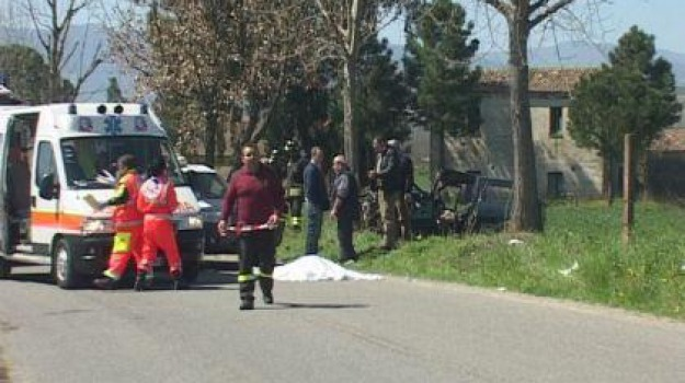 bisignano, decesso, incidente stradale, Calabria, Archivio