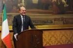 """Bersani """"Chi dice no lo dice all'Italia"""""""