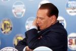 Ginocchio infiammato Berlusconi in ospedale
